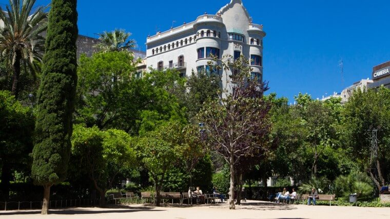 Discover 5 secret corners of barcelona fuster apartments for Jardines del palau