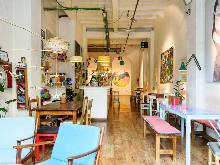 Cosmo Café &Galería de Arte, Barcelona, Spain