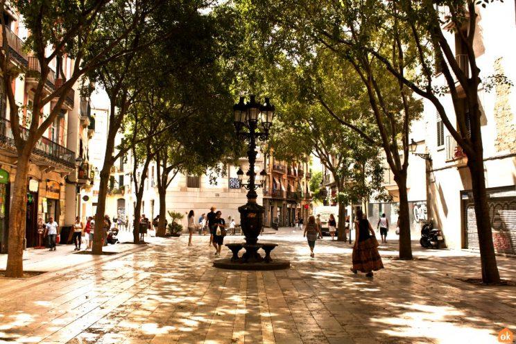 Plaza de Sant Agusti Vell, barcelona
