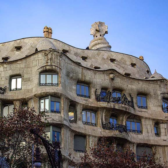 Barcelona Apartments: Apartments Near Sagrada Familia