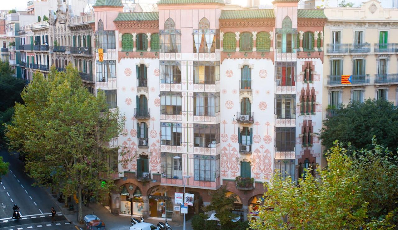 accommodations in barcelona edificio