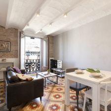 Apartmento barcelona eixample comedor
